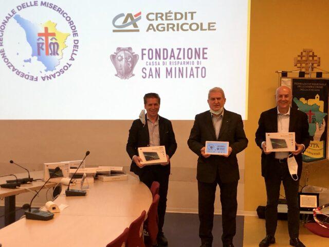 Fondazione Cassa di Risparmio di San Miniato eCrédit Agricole Italia – 300 tablet per la Federazione Regionale delle Misercordie della Toscana
